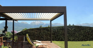 Hand Crank Aluminium Gazebo Rainproof Louver Pergola With Sun Screens