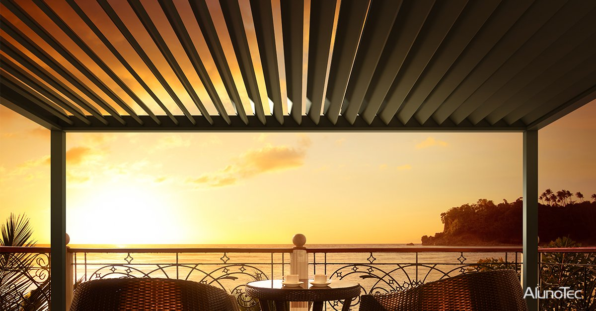 Enjoy the beautiful sunset via under the pergola